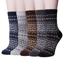 Amazon Coupon Discount Code Deal: 5 Pairs Womens Winter Warm Knit Wool Casual Crew Socks